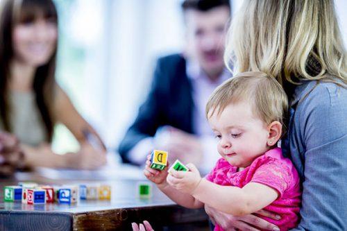 پرستاری از کودک در منزل