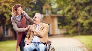 نگهداری از سالمند ویلچری در منزل
