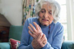 مراقبت از سالمند پارکینسونی در منزل