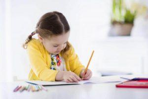 پرستار کودک برای آموزش زبان انگلیسی