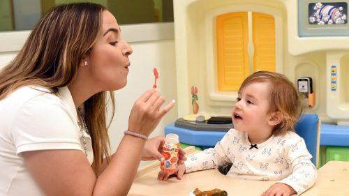 گفتار درمانی کودک در منزل